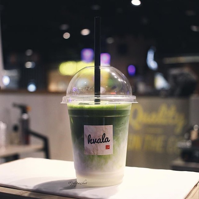 Dropped by town for some xmas shopping and guess what, I found my favorite spot for Matcha Latte 😍🍵 #sorrystarbucks