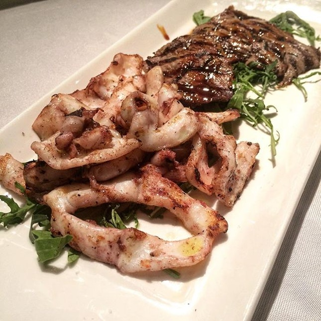 Fresh Italian squid grilled to perfection with extra virgin oil, garlic and parsley.