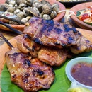 《Pork Satay ala Bangkok》Layers of glistening goodness.