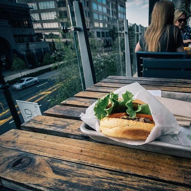 new day, new shackburger; #harolanta