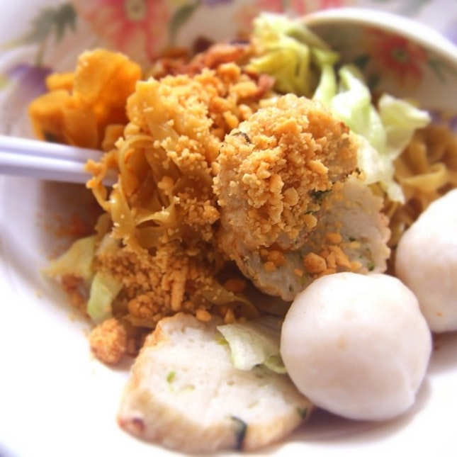 Still searching for #UniqueHawker This is Fish Chor Mee with handmade fishcake. Cheap & good!