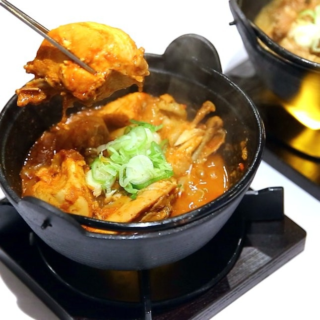 Back to Masizzim for more spicy stews, spicy squid and the oh-so-good steamed egg.