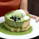 Wobbly Matcha soufflé-style pancakes from Hoshino Coffee – baked fresh upon order.
