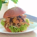 So what goes inside Singapore's 1st Mala Xiang Guo Burger?