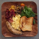 Featuring: Cavan Breakfast  One of the nicer big breakfast I have eaten.