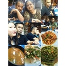B'day cum dinner for brother with love & family..