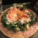 Sautéed kale With Egg White Scramble