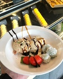 <🇩🇪> Süßes Wochenende <🇬🇧> Sweet Weekend • 📍: @limerestaurant @parkroyalpickering Singapore