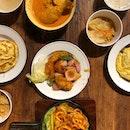 <🇩🇪> 哭泣有用的話,世界上早就被淚水淹沒了 <🇬🇧> If crying works, the world would be filled with tears • 🥘: Chicken Curry - $7.00 🍲: Sweet Sour Fish - S$7.00 🍛: Spicy Squid - S$7.00 📍: @foodrepublicsg Vivocity, Singapore