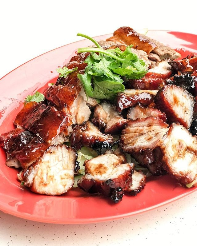 The nearest go-to place for excellent roasts during lunchtime and it's always a dilemma to go for the roast duck with char siew or roasted pork.