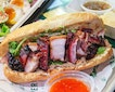 In conjunction of Singapore Food Festival 2018, both @parkbenchdeli and @roastparadise have collaborated for a one-day only popup and they created the Roast Meat Banh Mi ($18) and Roast Meat Combination ($20).
