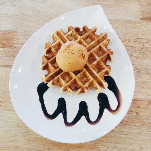 Waffle hunt