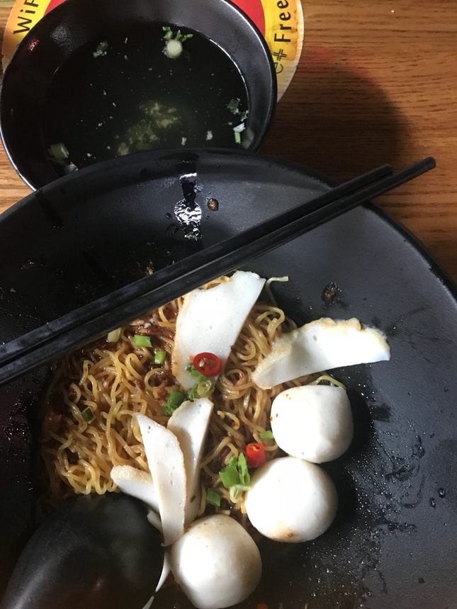 Mee Pok With Fish Ball $3.97