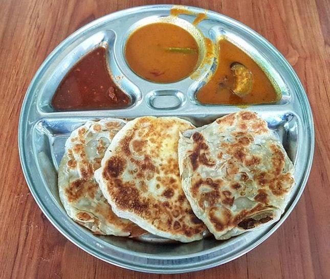 plain & egg roti prata 👍🏻 22.9.18 #foodporn #sgfoodporn #foodsg #sgfoodies #instafood #foodstagram #vscofood #burpple #hungrygowhere #hawkerfood #hawkercentre