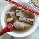bak kut teh 👍🏻 13.11.19 #foodporn #sgfoodporn #foodsg #sgfoodies #instafood #foodstagram #vscofood #burpple #hungrygowhere #hawkerfood #hawkercentre