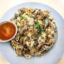 oyster omelette 👍🏻 11.12.19 #foodporn #sgfoodporn #foodsg #sgfoodies #instafood #foodstagram #vscofood #burpple #hungrygowhere #hawkerfood #hawkercentre