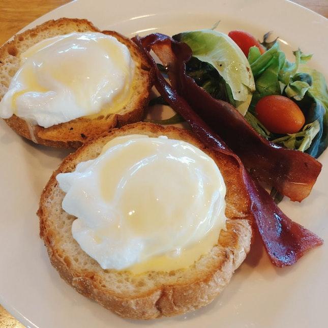 Eggs Benedicts Breakfast Set - $8.80