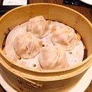 Dragon-I is where I usually go to whenever I'm seeking Hong Kong food at a reasonable price and high quality.