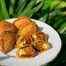 Rolina Traditional Hainanese Curry Puff (Tanjong Pagar Plaza Market & Food Centre)