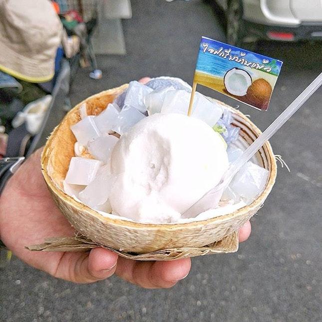 The must eat coconut ice cream~~~~~~~ #muieats .