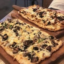 "8x13"" truffle mushroom pine nut pizza & BBQ chicken pizza with feta, mushrooms & onions🍕."