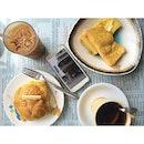 🙌🙌 French toast, 🙌 bo luo bao, 🙌🙌 boiled ginger coke , 🙌 milk tea.