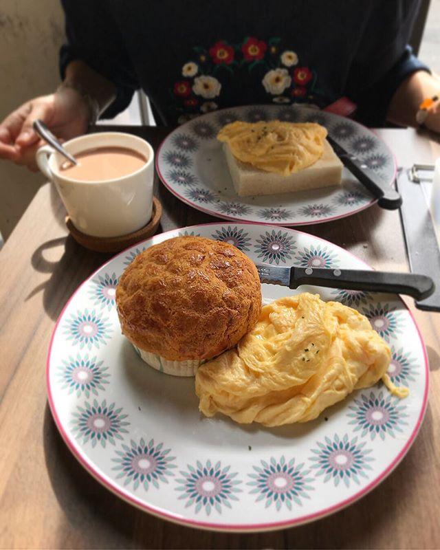 Tai Cheong Bakery for Hong Kong style breakfast!