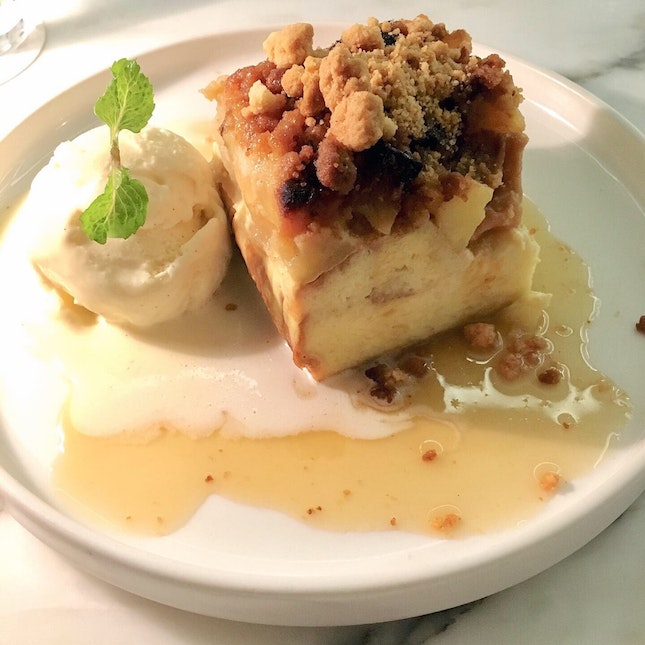 Apple Crumble Pudding