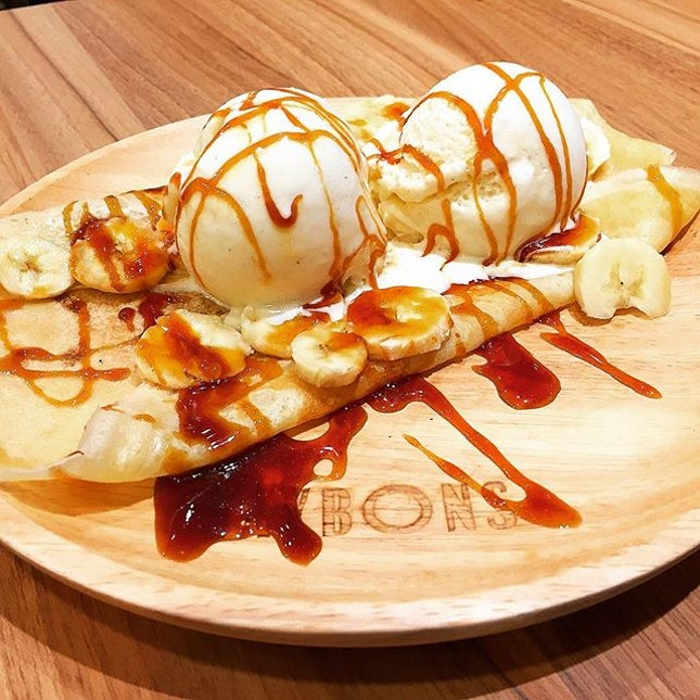 Classic Sweet Crepe With Salted Caramel, Banana & 2 Scoops Of Vanilla Ice Cream @ Saybons, 68 Orchard Road, Plaza Singapura B2-32.