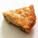 Oh My, I'm Hooked On The Chicken Pie @ Swisslink Bakery & Cafe, Blk 109 Clementi Street 11 #01-07.