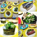 Quick lunch bites go for good fresh sushi at affordable price 👍🏻 🍣  #sushilover #sushigram #sushimoment #quicklunchsg #quicklunch #eatoutsg #topcitybites #lovinsingapore #instafood_sg #exsgcafes #hungrygowhere #burpple #sgmakandiary #foodiegram #foodporn #foodstagram #foodies #foodlover #japanesefoodporn #affordablegoodness #sgfoodies #sushibarsg #japrestaurant #japanesefoodsg #foodsharesg
