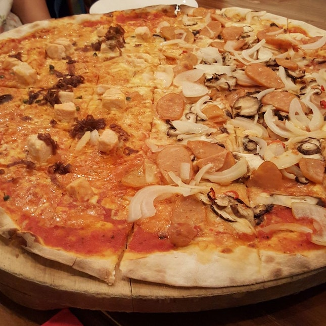 XXL Pizzas ($50) Great For Gatherings