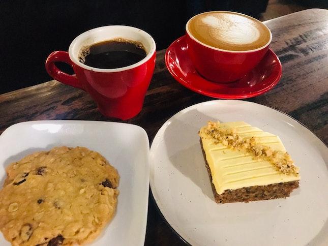 Cookie, Carrot Cake & Coffee