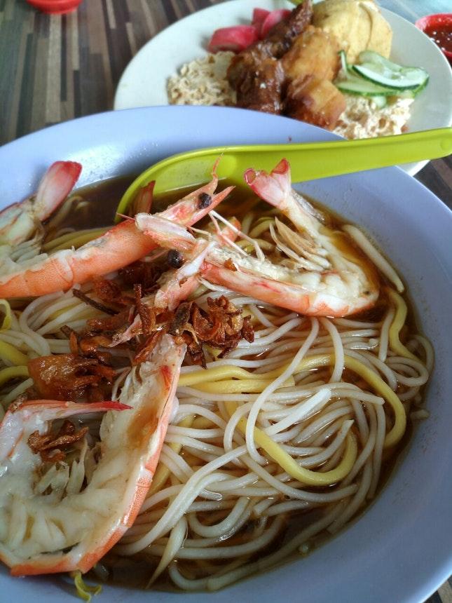 Prawn Noodles (w extra noodles-$6.30)
