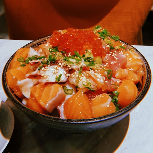 Upsized Chirashi Don ($18.80++)