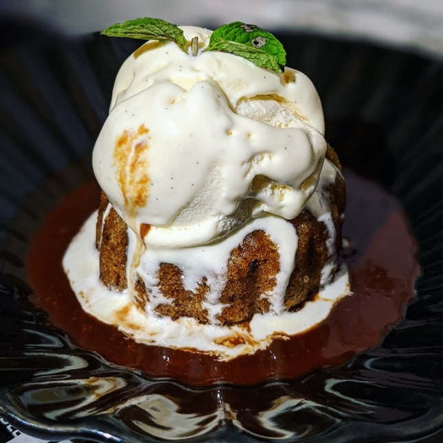Sticky Date Pudding (Must-try!)