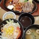 Special steak mix teishoku ($22.90++) 😋 .