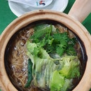 Claypot herbal sliced pork mee sua ($5)!