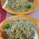 Dinner - hokkien mee ($4 each)!