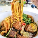 Lor Mee was a pleasant and comforting delight, the goopy fragrant black sauce presents a sticky mouthfeel, smooth and savoury.