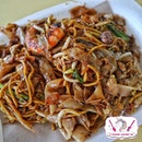 Lao Fu Zi Fried Kway Teow 老夫子炒粿条.