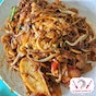 Guan Kee Fried Kway Teow (Ghim Moh Market & Food Centre)