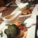 Grilled Sakura Pork Shoulder Loin (RM49) & Grilled Chicken Roulade (RM38)