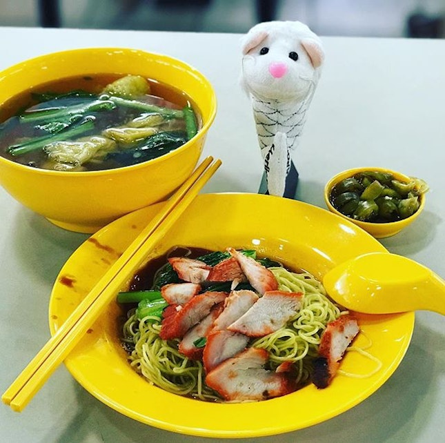 My friend kept posting his noodle affair at Seng Huat Noodle House at AMK and I decided to try.
