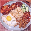 [The Coconut Club] Nasi Lemak Ayam Goreng Berempah, S$12.80.