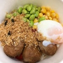 I really liked this chicken meatball rice bowl ($5.50) from @mrbeansg !