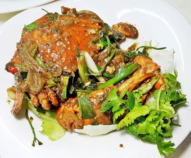 White Pepper Crab (SGD $40 per crab, fixed price) @ T.K.
