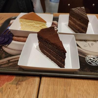 The Coffee Bean Tea Leaf Jurong Point Burpple 17 Reviews Boon Lay Singapore