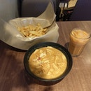 Curry Lakes $3.50, French Fries $3.50, Ice Teh C $1.50 Total $8.50