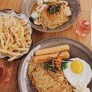 affordable good food including rosti, truffle fries & tom yum seafood pasta!!